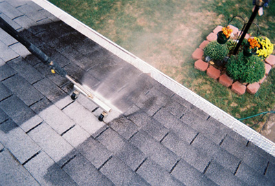 Reasons to clean your roof & Do you need your roof cleaned ? - The Roofing Experts memphite.com